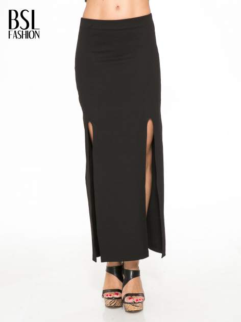Czarna długa spódnica z rozporkami z przodu