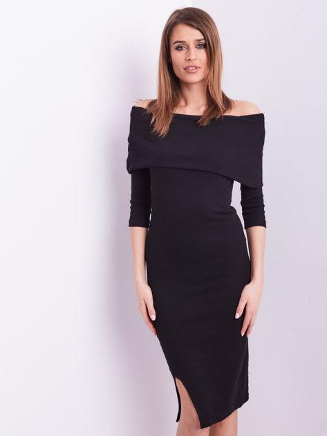 Czarna dopasowana sukienka z odkrytymi ramionami                              zdj.                              2