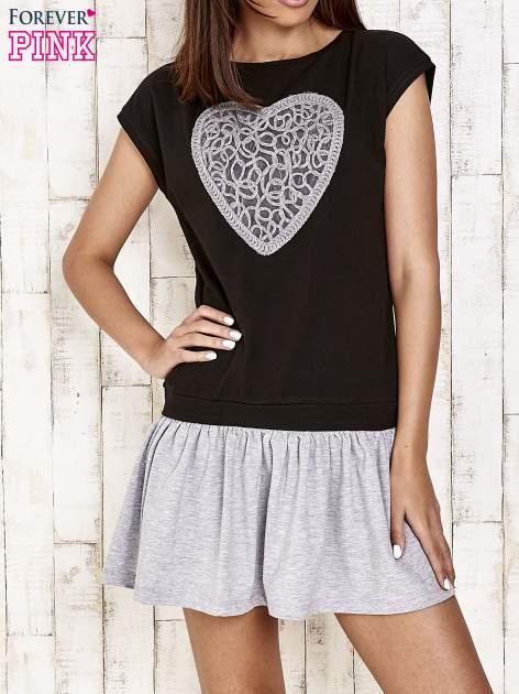 Czarna dresowa sukienka tenisowa z sercem                                  zdj.                                  1