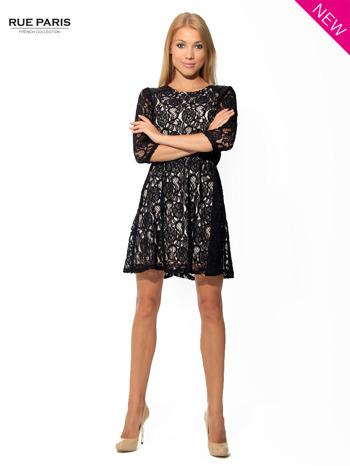 Czarna koronkowa sukienka z rękawem 3/4                                  zdj.                                  3