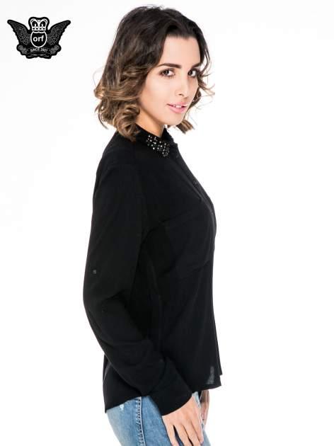 Czarna koszula z kołnierzykiem z ozdobnymi kamieniami                                  zdj.                                  3