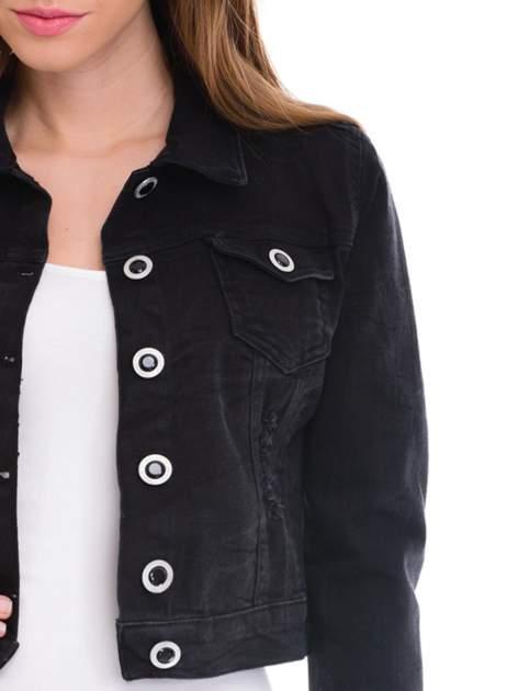 Czarna kurtka jeansowa damska z ozdobnymi guzikami                                  zdj.                                  5