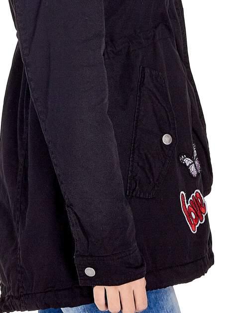 Czarna kurtka parka z naszywkami                                  zdj.                                  6