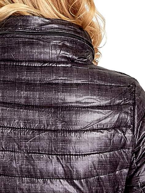 Czarna lekka kurtka puchowa z suwakami przy rękawach                                  zdj.                                  6