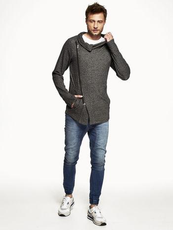 Czarna melanżowa bluza męska z ukośnym zapięciem                                  zdj.                                  4