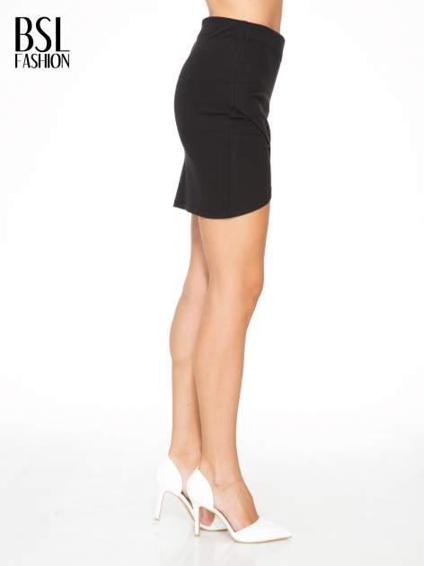Czarna mini spódnica kopertowa                                  zdj.                                  3