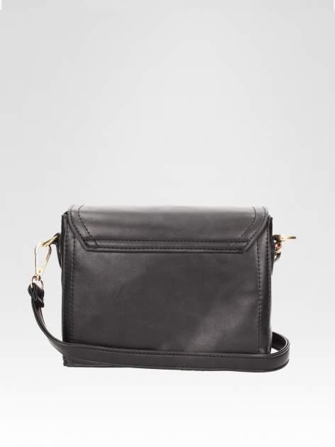 Czarna mini torebka listonoszka z klapką                                  zdj.                                  4