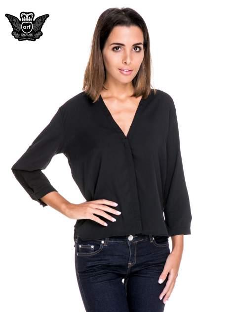 Czarna minimalistyczna koszula z trójkątnym dekoltem
