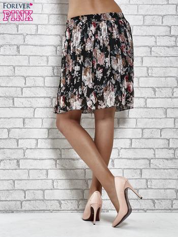 Czarna plisowana spódnica w kwiaty                                  zdj.                                  5