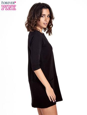 Czarna prosta sukienka z kieszeniami                                   zdj.                                  3