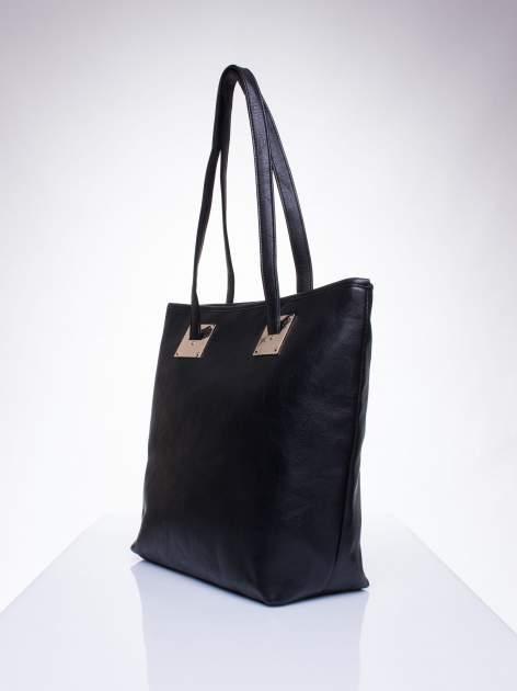 Czarna prosta torba shopper bag ze złotymi okuciami                                  zdj.                                  2