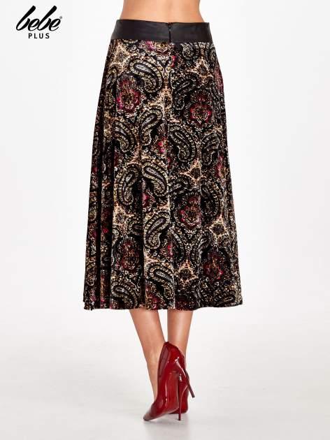 Czarna spódnica midi z nadrukiem ornamentowym                                  zdj.                                  4