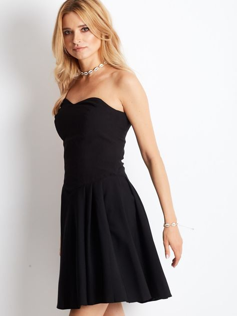 Czarna sukienka damska z dekoltem serce                              zdj.                              5