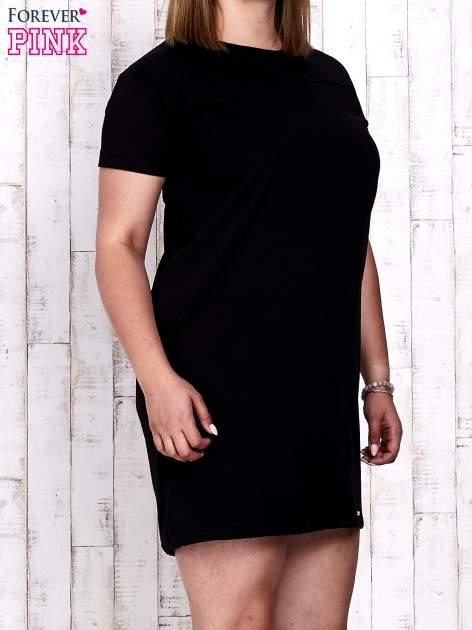 Czarna sukienka dresowa ze ściągaczem na dole                                  zdj.                                  3