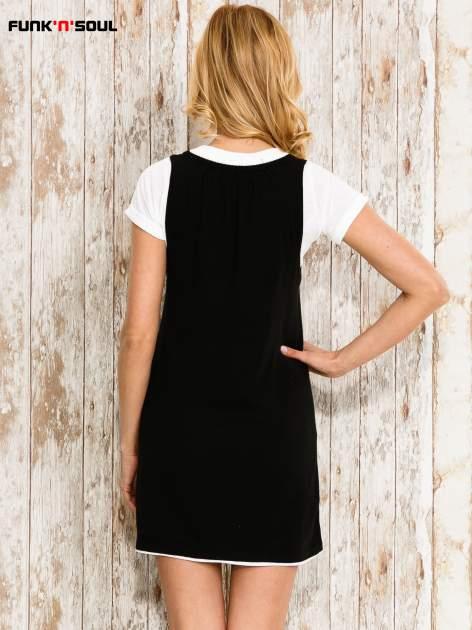 Czarna sukienka na szerokich ramiączkach                                  zdj.                                  2