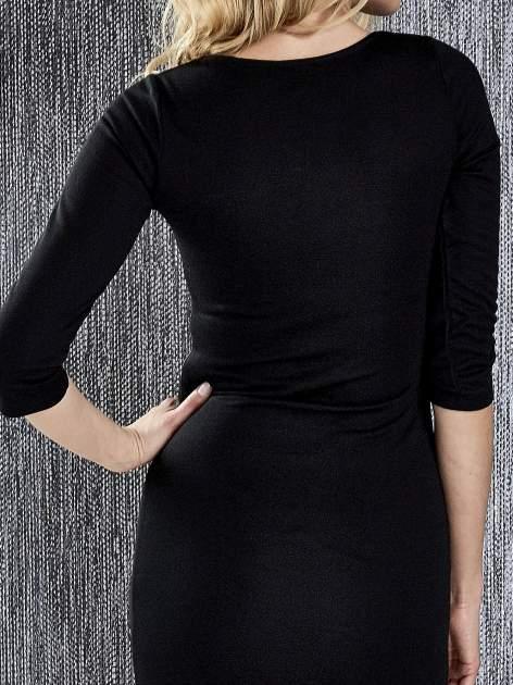 Czarna sukienka tuba ze skórzanymi modułami                                  zdj.                                  8