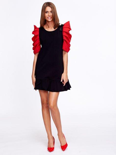 Czarno-czerwony strój wróżki                              zdj.                              5