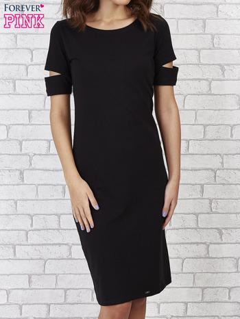 Czarna sukienka z rozcięciami na rękawach                                  zdj.                                  1