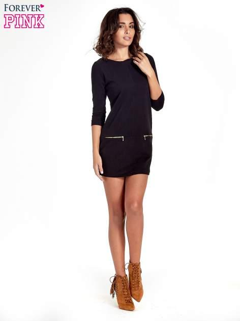 Czarna sukienka ze złotymi suwakami                                  zdj.                                  8