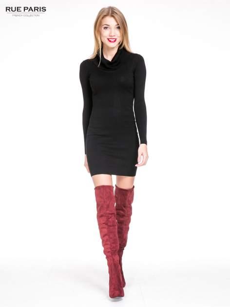 Czarna swetrowa sukienka z golfem