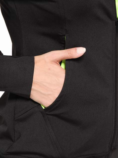 Czarna termoaktywna bluza do biegania z kapturem i fluozielonymi wstawkami ♦ Performance RUN                                  zdj.                                  11