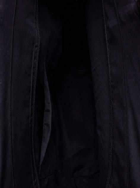 Czarna torba koszyk plażowy z ozdobnymi kwiatami                                  zdj.                                  6