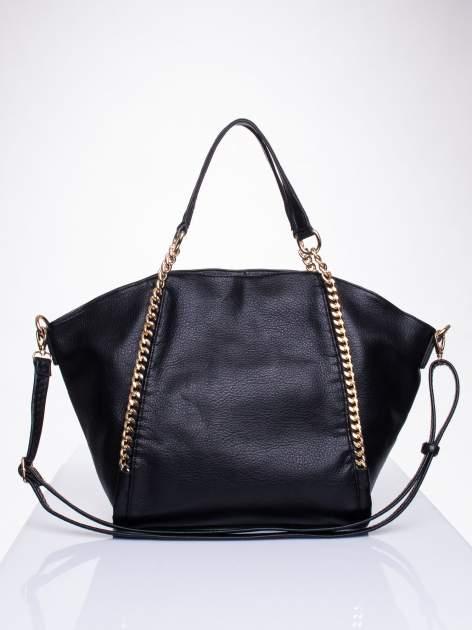 Czarna torba shopper bag ze złotymi łańcuchami