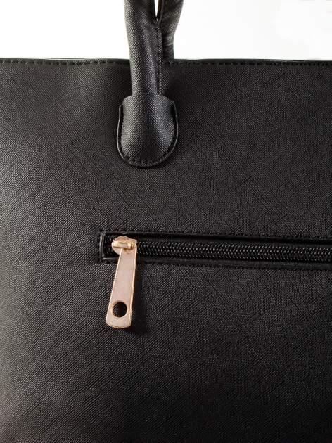 Czarna torba shopper efekt saffiano                                  zdj.                                  7