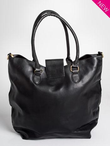 Czarna torebka city bag z zatrzaskiem                                  zdj.                                  3