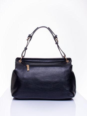 Czarna torebka kuferek ze złotym łańcuszkiem                                  zdj.                                  3