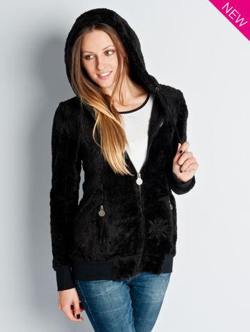 Czarna włochata bluza z kapturem i suwakami                                  zdj.                                  2