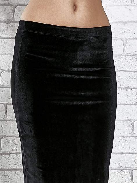 Czarna zamszowa spódnica maxi z rozporkiem                                  zdj.                                  6