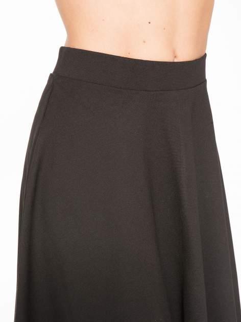 Czarna zwiewna spódnica midi                                  zdj.                                  5
