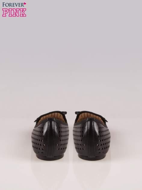 Czarne ażurowe lordsy faux leather Surprise z kokardką                                  zdj.                                  3