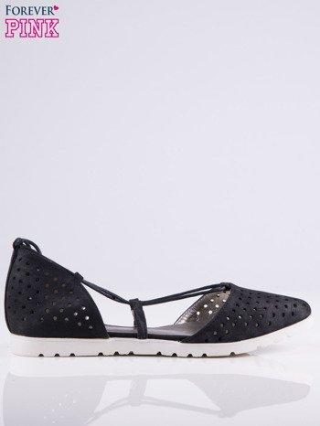 Czarne ażurowe sandały wiązane wokół kostki                                   zdj.                                  2