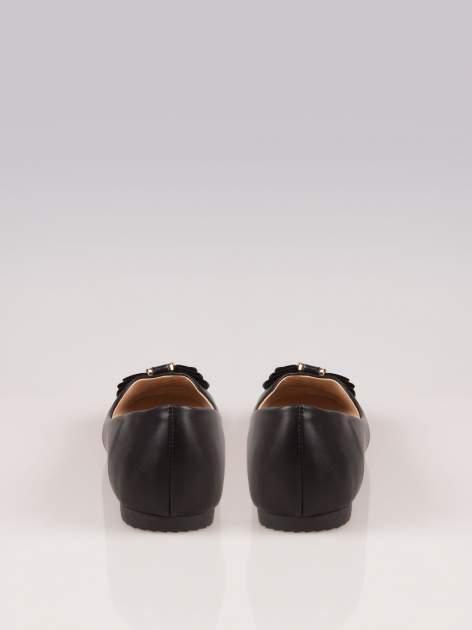 Czarne baleriny eco leather z biżuteryjną kokardą                                  zdj.                                  3