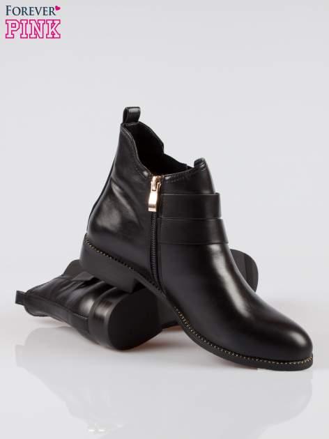 Czarne botki biker boots ze złotymi klamerkami i otokiem z suwaka                                  zdj.                                  4