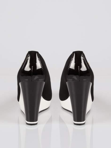 Czarne buty damskie na kontrastowym koturnie                                  zdj.                                  3