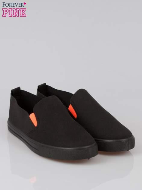 Czarne buty slip on                                  zdj.                                  2