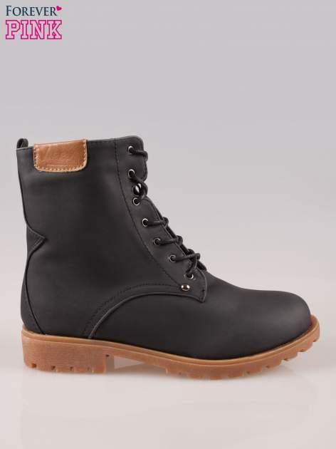 Czarne damskie buty trekkingowe typu traperki                                  zdj.                                  1