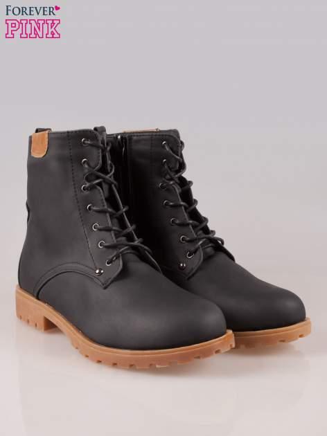 Czarne damskie buty trekkingowe typu traperki                                  zdj.                                  2
