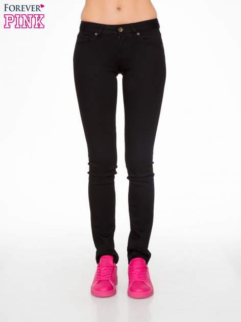 Czarne klasyczne spodnie jeansowe rurki                                  zdj.                                  1
