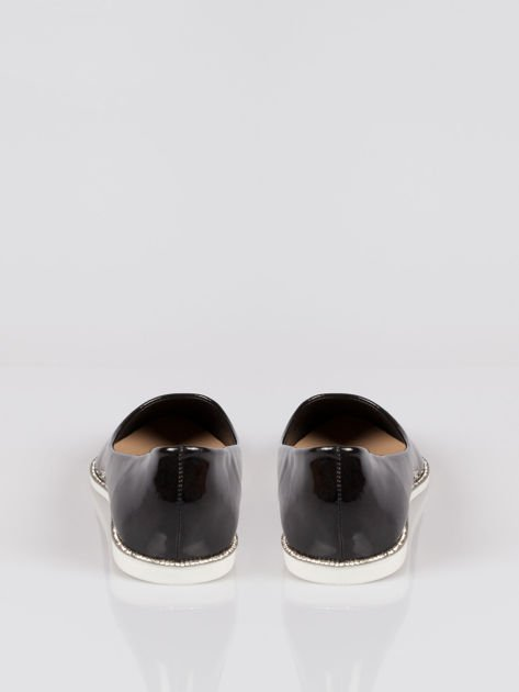 Czarne lakierowane baleriny faux polish leather z metalicznym otokiem