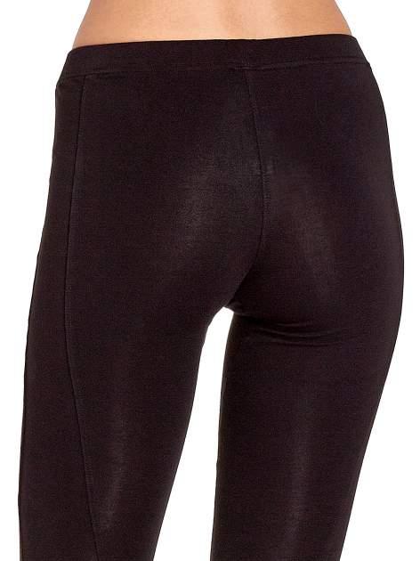Czarne legginsy sportowe z drapowaniem                                  zdj.                                  6