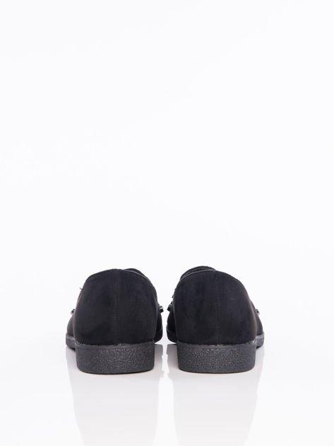 Czarne lordsy na klocku z głębszą cholewką i ozdobnymi kamieniami na przodzie buta                                  zdj.                                  3