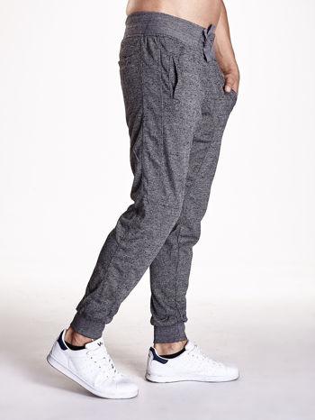 Czarne melanżowe spodnie męskie z trokami i kieszeniami                                  zdj.                                  3