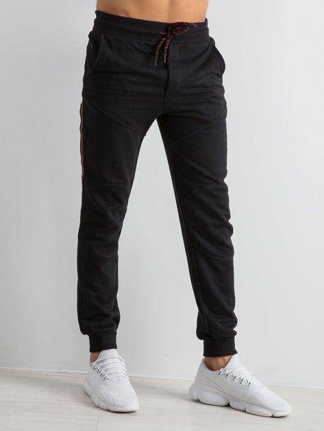 Czarne męskie dresy Simplicity                              zdj.                              1