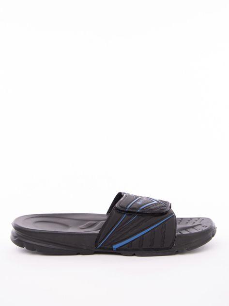 Czarne męskie klapki basenowe w niebieskie wzory                              zdj.                              1