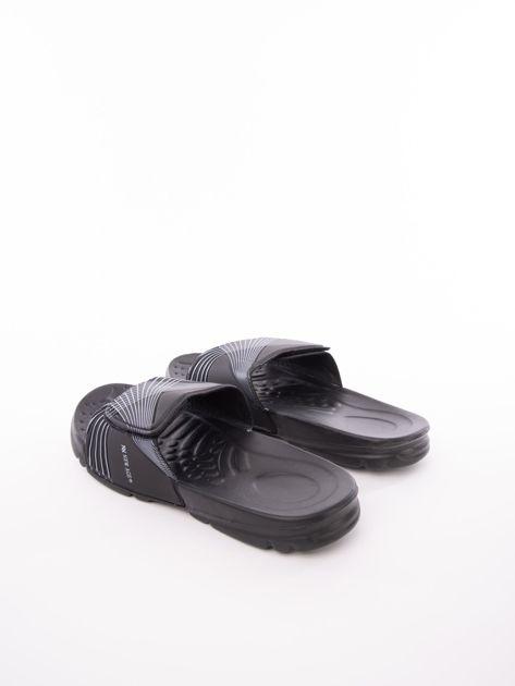 Czarne męskie klapki basenowe z białymi paskami                              zdj.                              4