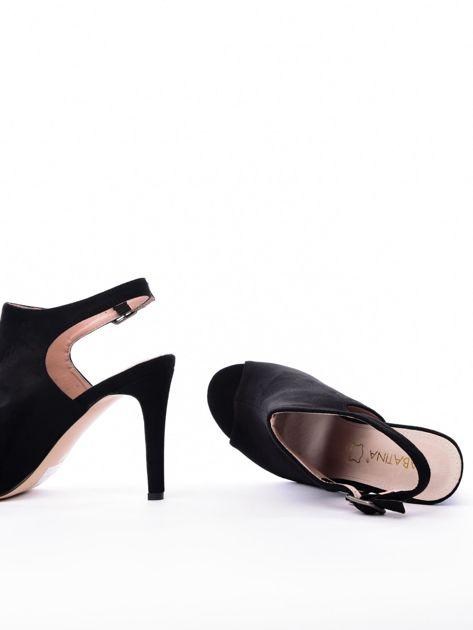 Czarne sandały SABATINA z głęboko wyciętą cholewką                               zdj.                              5